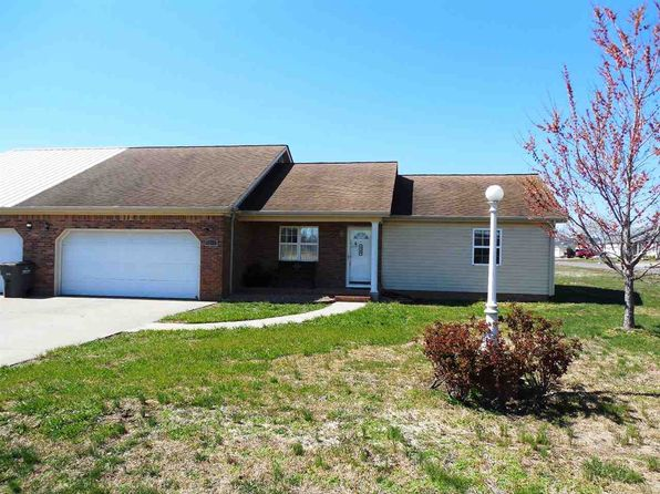 3 bed 2 bath Townhouse at 3565 Roberts Rd Kevil, KY, 42053 is for sale at 90k - 1 of 14