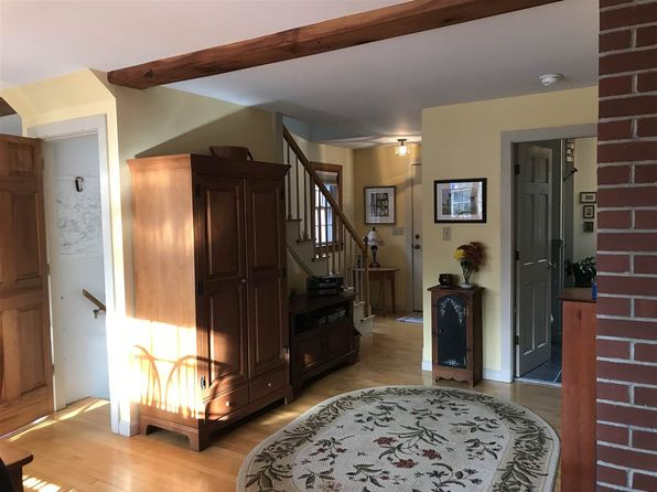 2 bed 2 bath Single Family at 41 Merry Hill Rd Barrington, NH, 03825 is for sale at 255k - 1 of 13