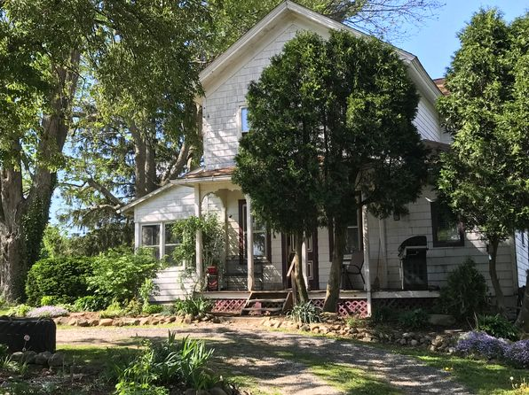 4 bed 2 bath Single Family at 11150 Wolf Ave NE Hartville, OH, 44632 is for sale at 190k - 1 of 6