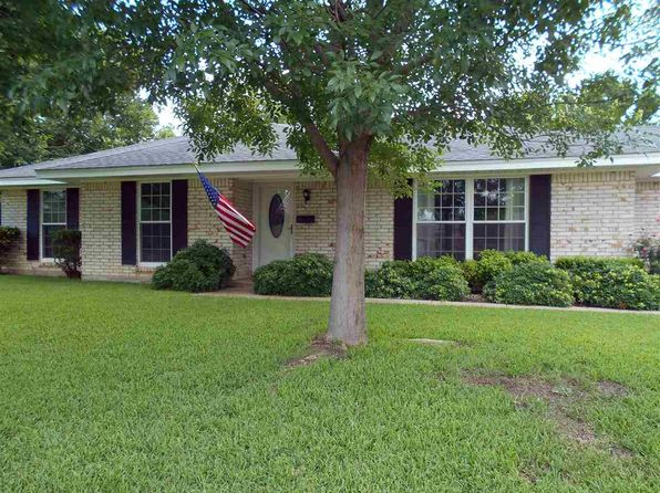 3 bed 2 bath Single Family at 618 N 59th St Waco, TX, 76710 is for sale at 149k - 1 of 20