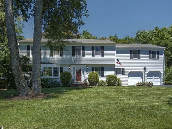 4 bed 3 bath Single Family at 9 Willow St Basking Ridge, NJ, 07920 is for sale at 798k - 1 of 23