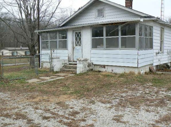 3 bed 1 bath Single Family at 1244 W Glezen Main St Petersburg, IN, 47567 is for sale at 18k - 1 of 2