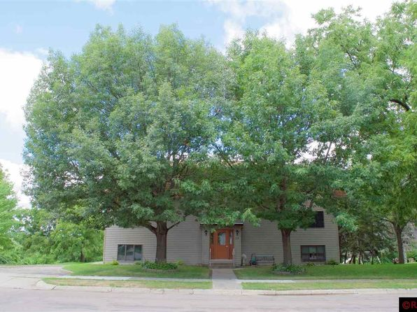 1 bed 1 bath Single Family at 324 S 4th St Le Sueur, MN, 56058 is for sale at 45k - 1 of 11