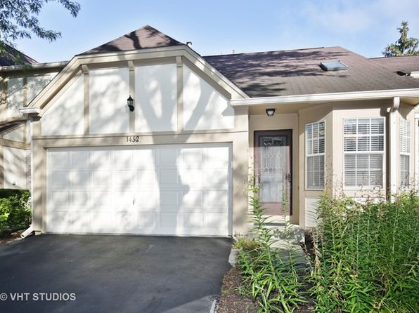 1 bed 2 bath Townhouse at 1452 Garnet Cir Hoffman Estates, IL, 60192 is for sale at 225k - 1 of 22