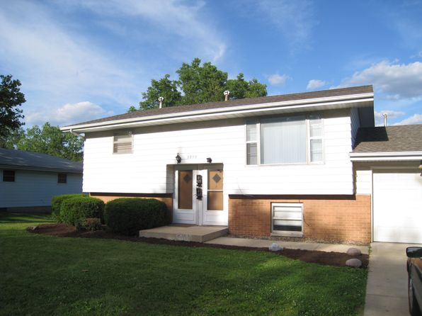4 bed 2 bath Multi Family at 3830 N Donna Ln Peoria, IL, 61615 is for sale at 130k - 1 of 3
