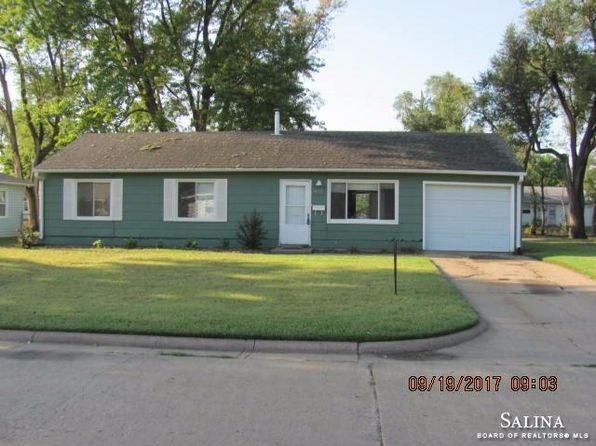3 bed 1 bath Single Family at 1443 Arapahoe Ave Salina, KS, 67401 is for sale at 83k - 1 of 17