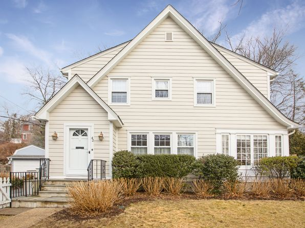 4 bed 3 bath Single Family at 42 Stuyvesant Ave Larchmont, NY, 10538 is for sale at 1.19m - 1 of 26