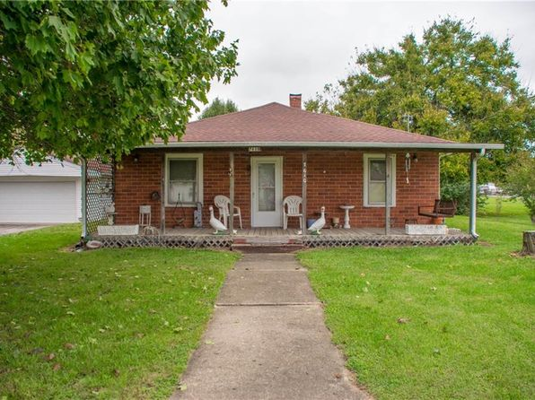 3 bed 1 bath Single Family at 7610 E State Road 252 Edinburgh, IN, 46124 is for sale at 85k - 1 of 29