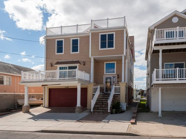 5 bed 4 bath Single Family at 718 W Poplar Ave West Wildwood, NJ, 08260 is for sale at 591k - 1 of 25