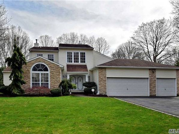 5 bed 4 bath Single Family at 38 Arbor Field Way Lake Grove, NY, 11755 is for sale at 600k - 1 of 20
