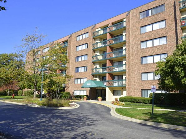 1 bed 1 bath Condo at 1840 Huntington Blvd Hoffman Estates, IL, 60169 is for sale at 105k - 1 of 14