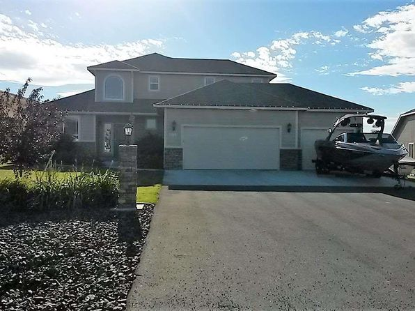 4 bed 2 bath Single Family at 9010 S Grand View Ln Kennewick, WA, 99338 is for sale at 375k - 1 of 25