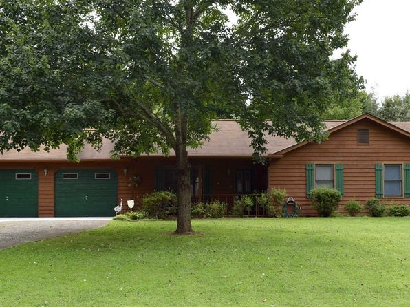 3 bed 2 bath Single Family at 240 Oakwood Pl Mount Airy, GA, 30563 is for sale at 124k - 1 of 24