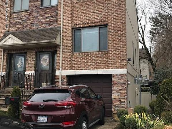 3 bed 3 bath Condo at 26 HILLWOOD CT STATEN ISLAND, NY, 10305 is for sale at 600k - 1 of 37