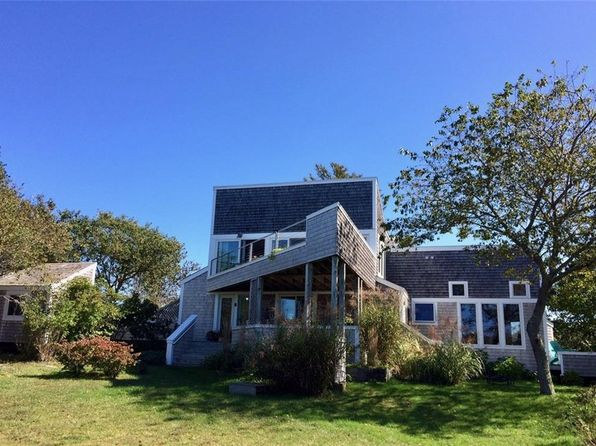 2 bed 2 bath Single Family at 986 COONEYMUS RD BLOCK ISLAND, RI, 02807 is for sale at 1.10m - 1 of 15