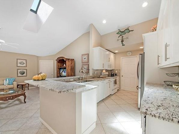 3 bed 2 bath Single Family at 9772 ALHAMBRA LN BONITA SPRINGS, FL, 34135 is for sale at 470k - 1 of 25