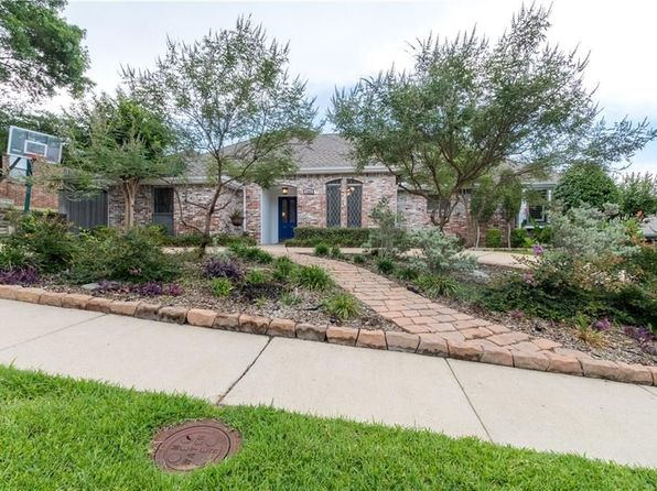3 bed 2 bath Single Family at 1209 Wiltshire Dr Carrollton, TX, 75007 is for sale at 300k - 1 of 24