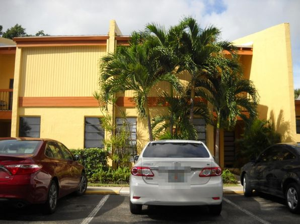 4 bed 3 bath Townhouse at 1580 NW 93rd Ave Pembroke Pines, FL, 33024 is for sale at 250k - 1 of 20