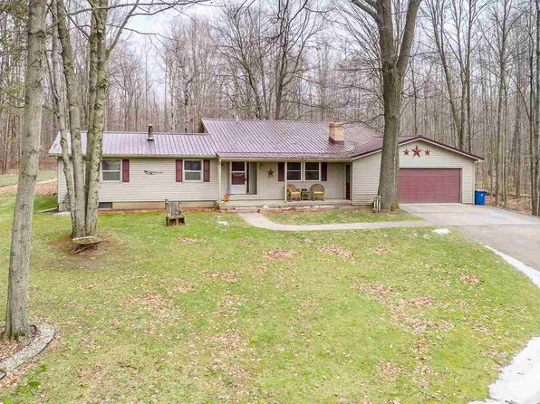 3 bed 2 bath Single Family at 4449 E BAKER RD MIDLAND, MI, 48642 is for sale at 130k - 1 of 22