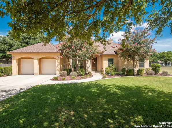 4 bed 3 bath Single Family at 116 Las Brisas Blvd Seguin, TX, 78155 is for sale at 423k - 1 of 25