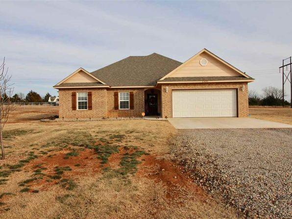 4 bed 2 bath Single Family at 2401 MELISSA LN STILLWATER, OK, 74074 is for sale at 200k - 1 of 14