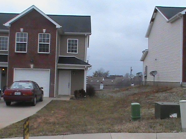 3 bed 2 bath Townhouse at 149 Darby Woods Ct Radcliff, KY, 40160 is for sale at 88k - google static map