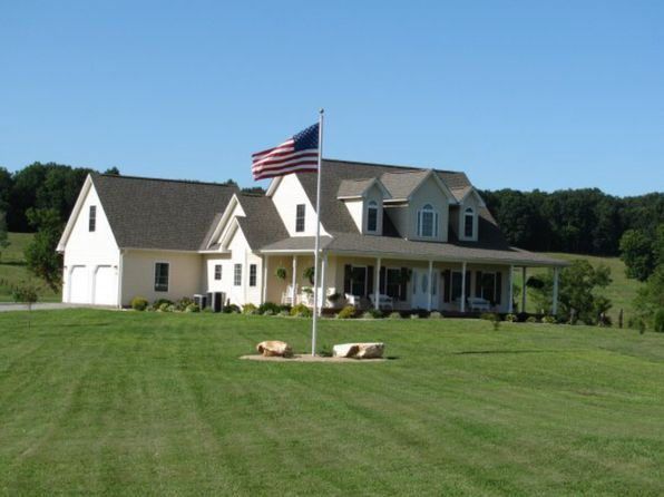 3 bed 3 bath Single Family at 26 BLACKWATER LANDING DR WIRTZ, VA, 24184 is for sale at 320k - 1 of 19