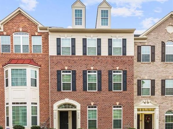 2 bed 2 bath Townhouse at 5678 Virginia Ln Oxon Hill, MD, 20745 is for sale at 235k - 1 of 28