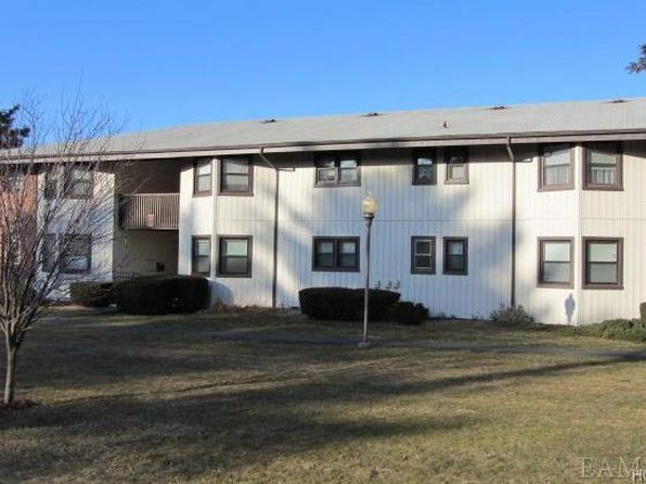 1 bed 1 bath Condo at 13B Essex Pl Yorktown Heights, NY, 10598 is for sale at 135k - 1 of 8