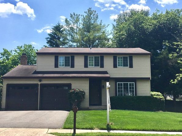 4 bed 3 bath Single Family at 12837 Framingham Ct Herndon, VA, 20171 is for sale at 525k - google static map