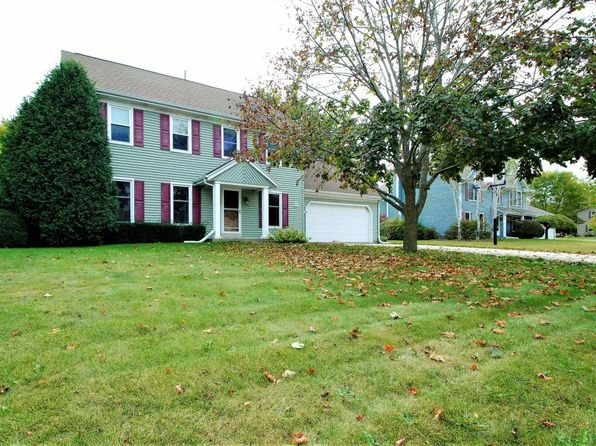 3 bed 3 bath Single Family at N71W23373 Homestead Rd Sussex, WI, 53089 is for sale at 310k - 1 of 24