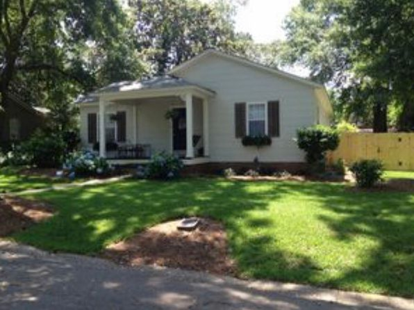 3 bed 2 bath Single Family at 13 York Pl Mobile, AL, 36608 is for sale at 210k - 1 of 11