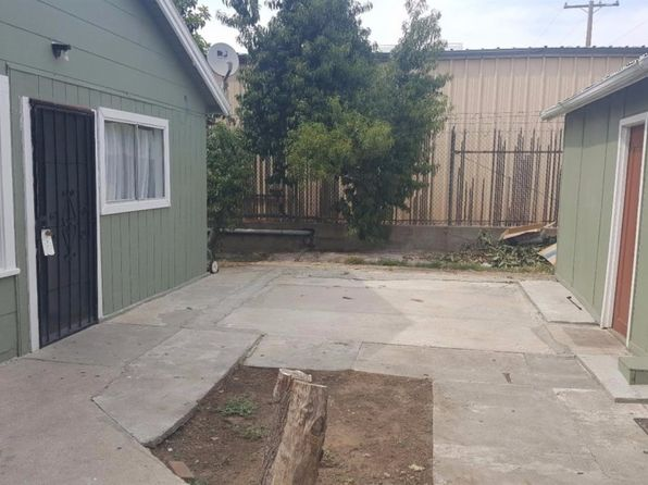 2 bed 1 bath Single Family at 428 1/2 N School St Lodi, CA, 95240 is for sale at 180k - 1 of 4