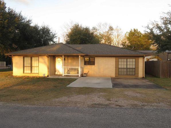 3 bed 2 bath Single Family at 403 S 7th St Beasley, TX, 77417 is for sale at 165k - 1 of 27