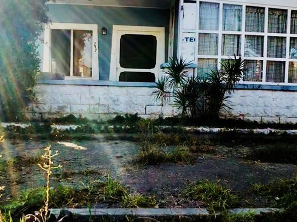 3 bed 1 bath Single Family at 747 W 15th St San Pedro, CA, 90731 is for sale at 475k - 1 of 2