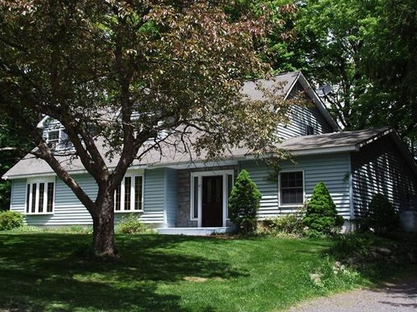 3 bed 2 bath Single Family at 12 Lori Ln Pine Bush, NY, 12566 is for sale at 189k - 1 of 24