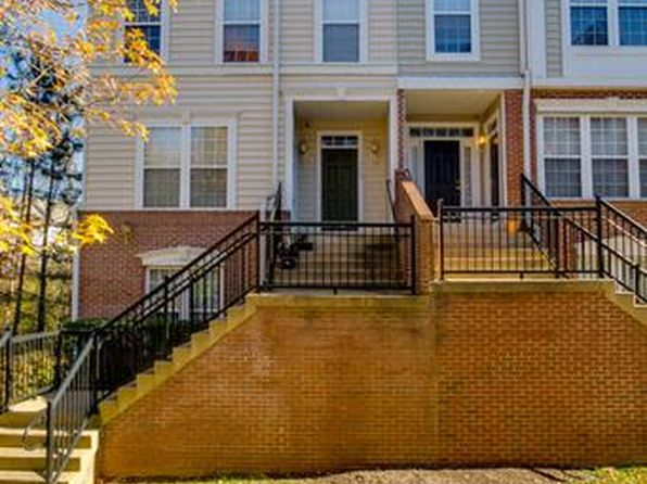 2 bed 2 bath Condo at 11584A Cavalier Landing Ct Fairfax, VA, 22030 is for sale at 337k - 1 of 20