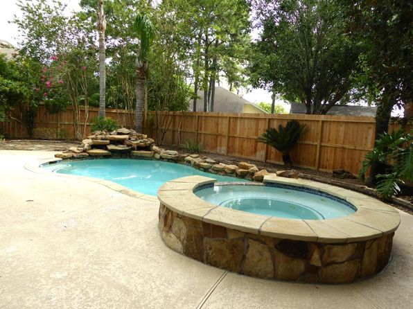4 bed 2 bath Single Family at 8114 Clarion Way Houston, TX, 77040 is for sale at 309k - 1 of 32