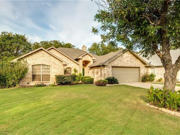 3 bed 2 bath Single Family at 4717 Youpon St Flower Mound, TX, 75028 is for sale at 325k - 1 of 26
