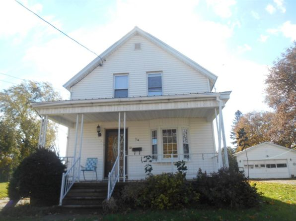 3 bed 1 bath Single Family at 14 Tracy St Massena, NY, 13662 is for sale at 69k - 1 of 11