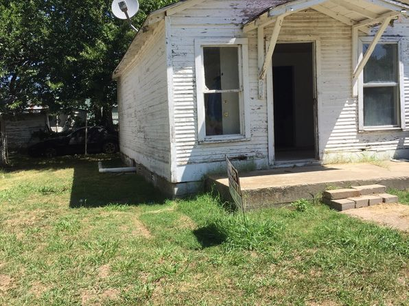 2 bed 1 bath Single Family at 544 W Russell Ave Seminole, OK, 74868 is for sale at 8k - 1 of 5