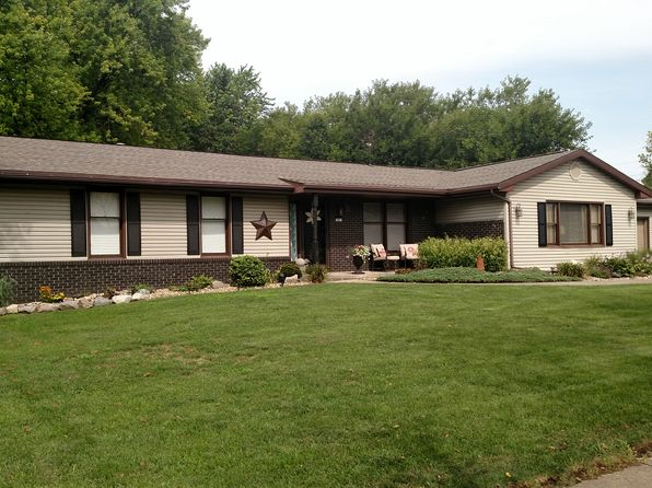 3 bed 3 bath Single Family at 507 N Grove St Normal, IL, 61761 is for sale at 193k - 1 of 12