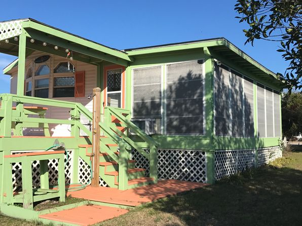 2 bed 2 bath Single Family at 509 Harbor Dr E Emerald Isle, NC, 28594 is for sale at 89k - 1 of 27