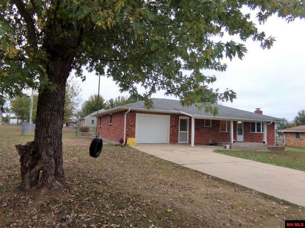 3 bed 2 bath Single Family at 255 Crownover St Gassville, AR, 72635 is for sale at 89k - 1 of 13