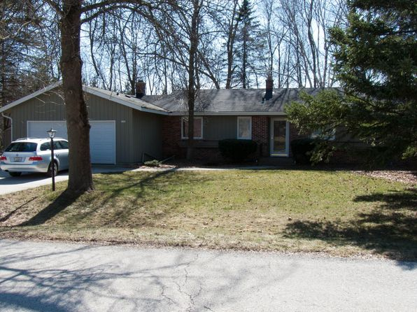 3 bed 2 bath Single Family at 3309 River Bluff Dr Sheboygan, WI, 53083 is for sale at 240k - 1 of 5