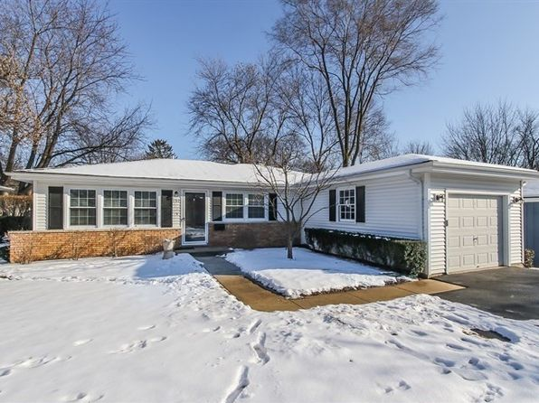 4 bed 2 bath Single Family at 151 Walton St Barrington, IL, 60010 is for sale at 328k - 1 of 26