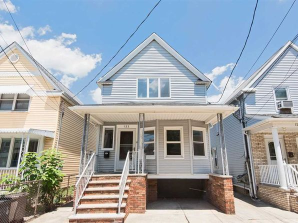 3 bed 2 bath Single Family at 123 W 13th St Bayonne, NJ, 07002 is for sale at 349k - 1 of 15
