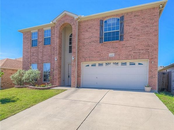 3 bed 3 bath Single Family at 9217 Jason Dr White Settlement, TX, 76108 is for sale at 200k - 1 of 25