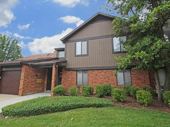 3 bed 2 bath Condo at 22 Creekside Cir Elgin, IL, 60123 is for sale at 140k - 1 of 10