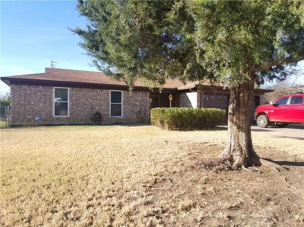 3 bed 2 bath Single Family at 729 Park Pl Azle, TX, 76020 is for sale at 120k - 1 of 11